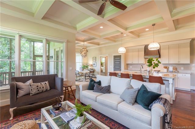 3304 Josephine Court living area