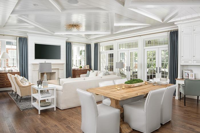 Hillside house living area