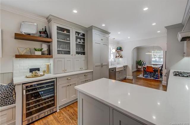 2121 Charlotte Drive kitchen