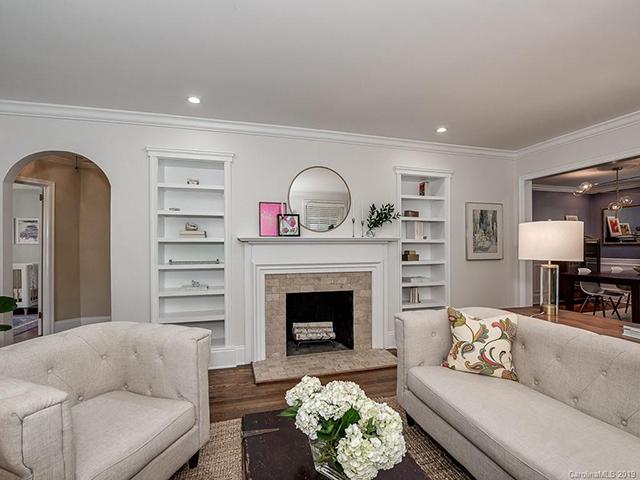 908 Sedgefield Road living room 1