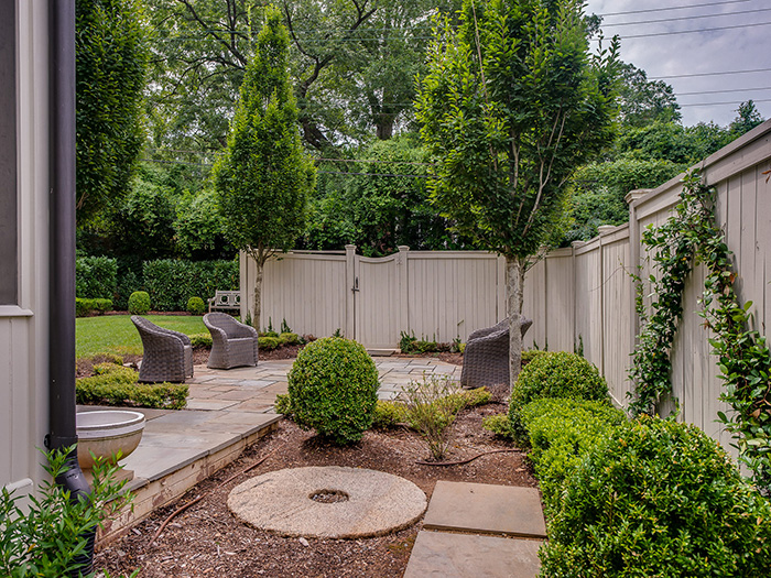 Dartmouth Place landscaping