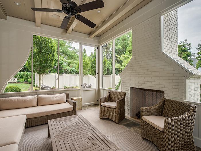 Dartmouth Place outdoor living area