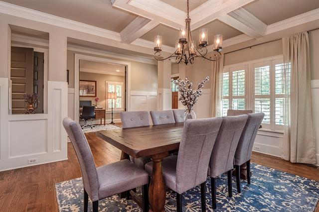 1501 Tippah dining room