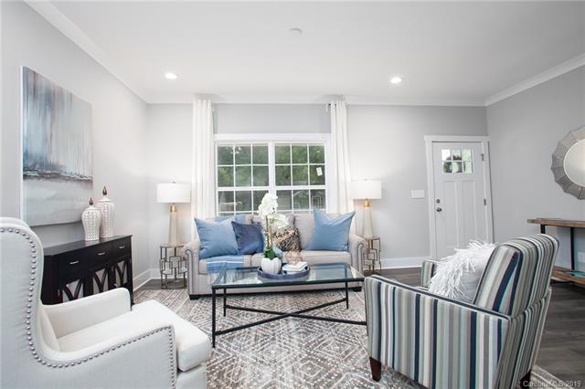 209 Seldon Drive living room