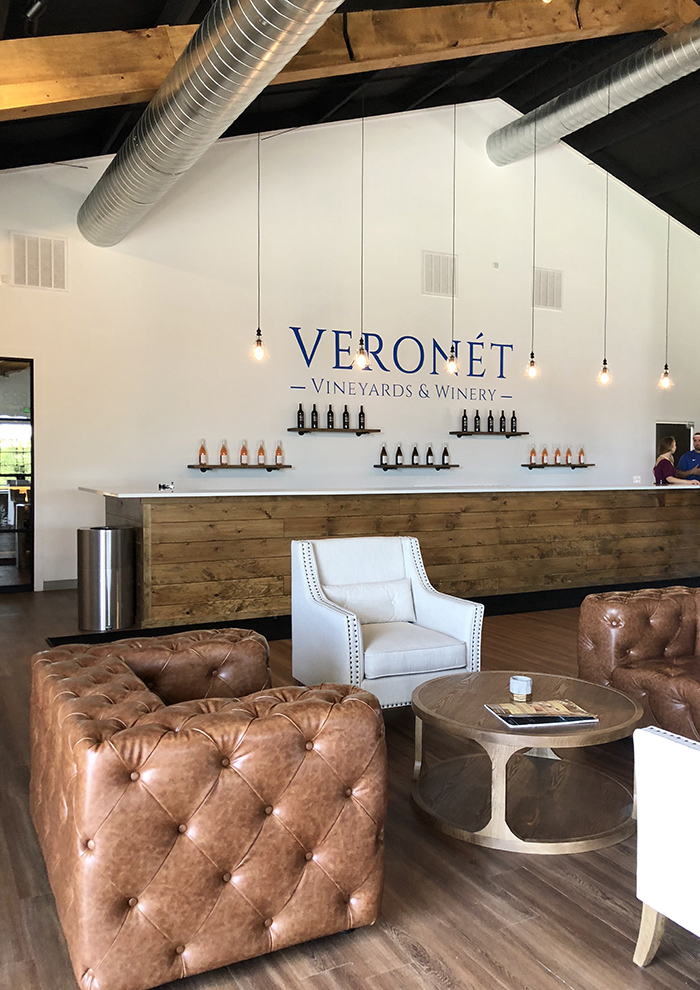 veronet seating and bar