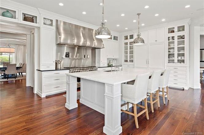 14608 Rudolph Dadey Drive kitchen
