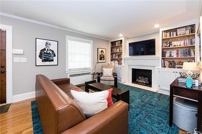 1808 Kenwood Ave. living room