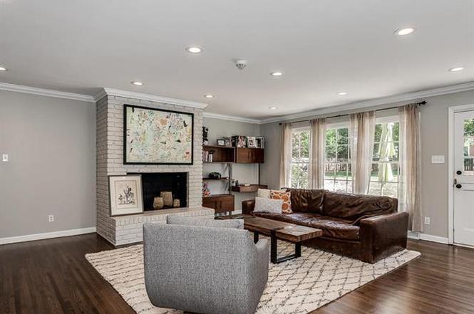 4101 Glenfall Ave living room