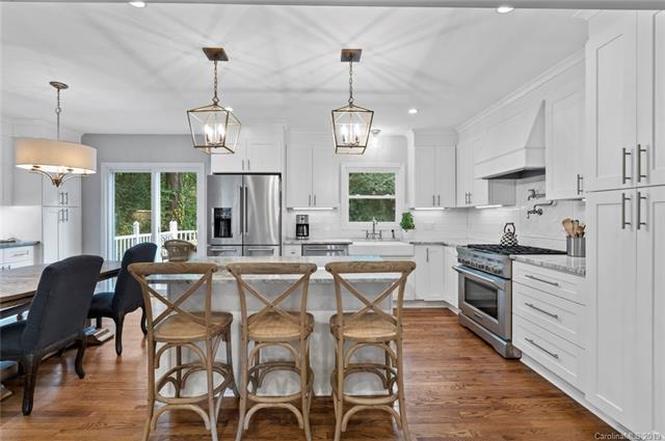 6619 Lancer Drive kitchen