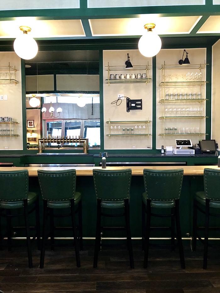 Reid's Fine Foods bar