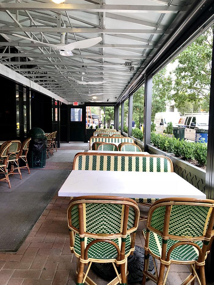 Reid's Fine Foods patio