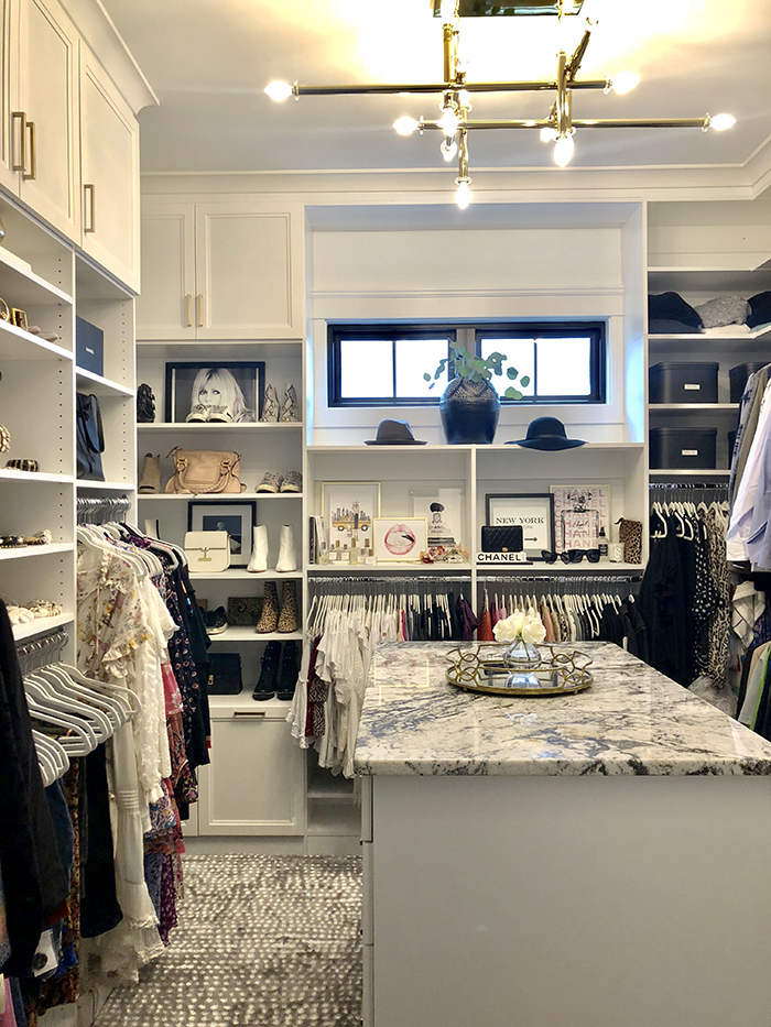 Style Hostess Home Tour closet