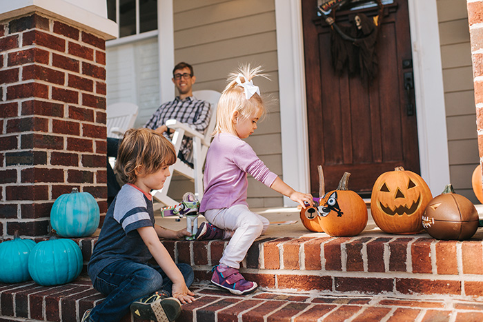 teal pumpkins - I didn't want him to be the 'peanut-allergy kid': What it's like to have a child with severe food allergies.