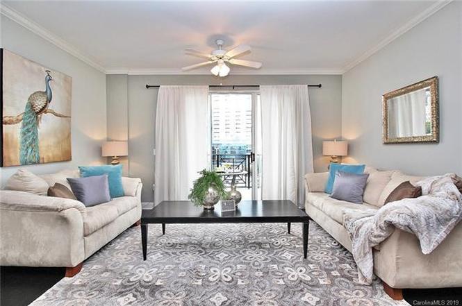 300 W 5th St #815 living room