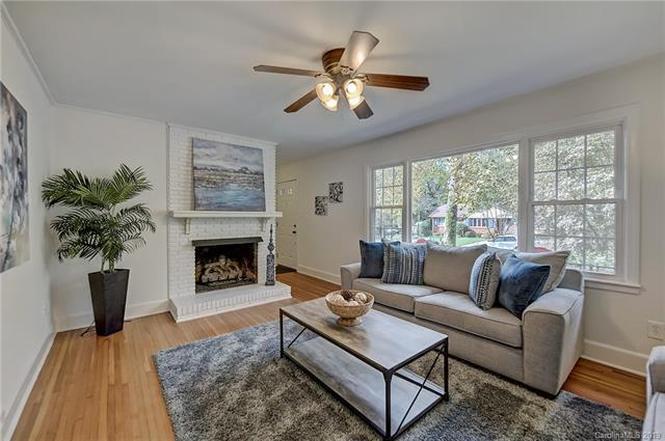 5435 Farmbrook Drive living room