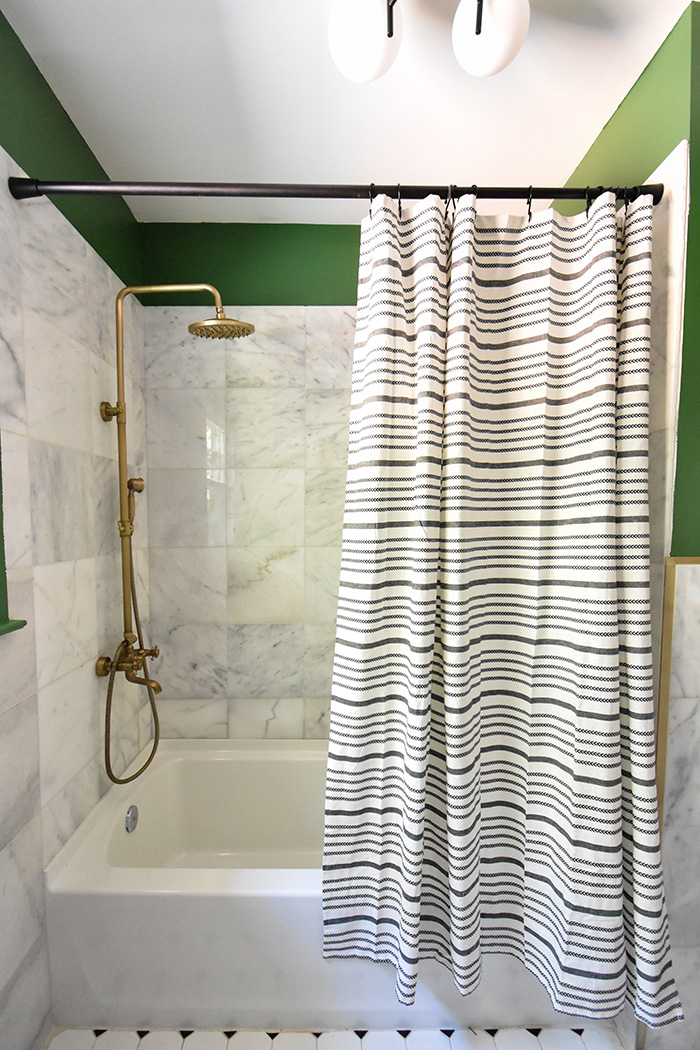 Mint Hill colonial remodel bathtub