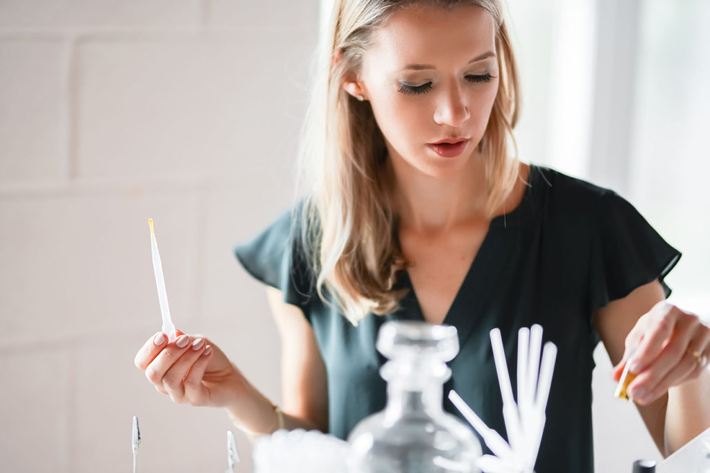 "With an experience similar to Candle Bar, entrepreneur Katrina Sellers offers ""design-your-own perfume"" starting at $34"