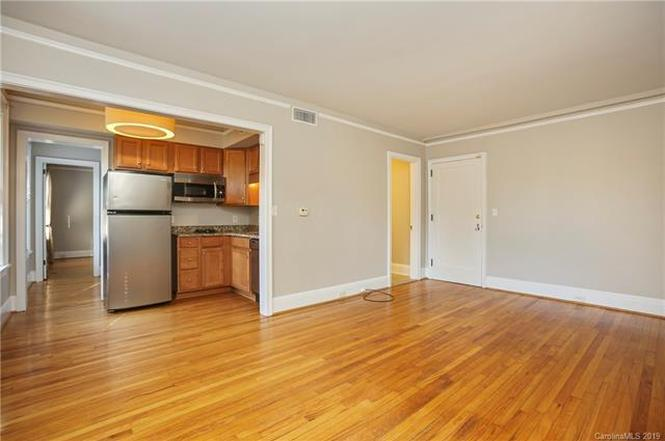 712 Louise Ave #104 interior