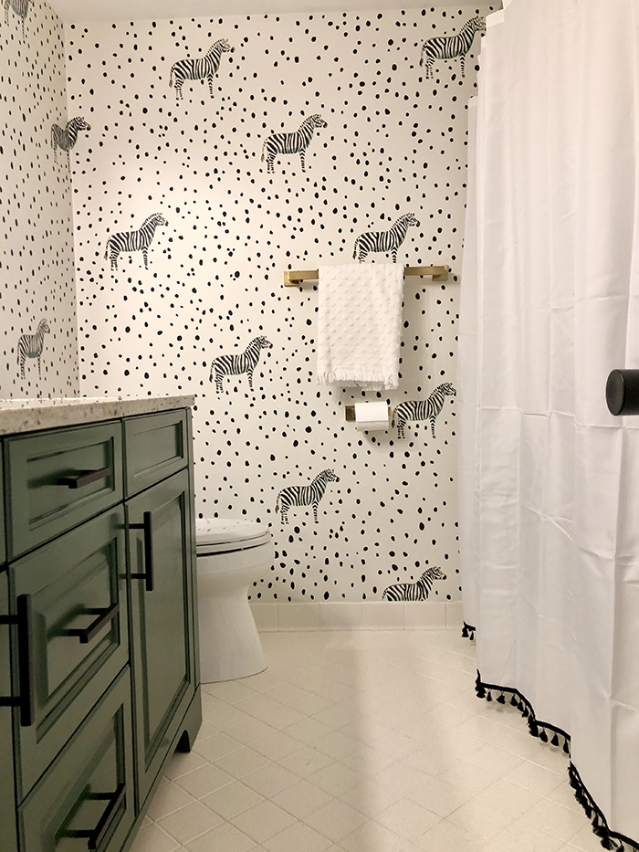 Madeline Hughes Home Tour kids' bathroom