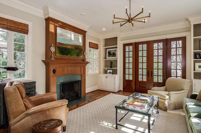 1721 Queens Rd living room