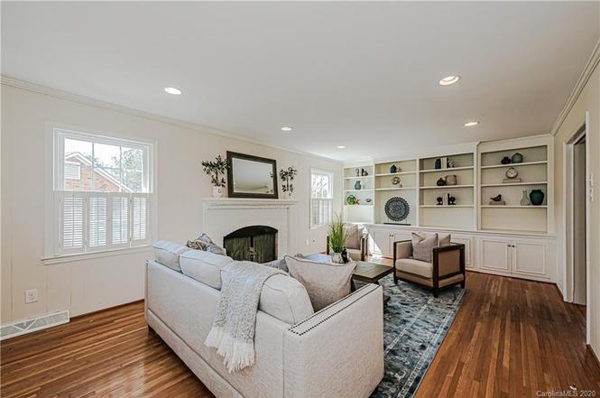 3731 Ashton Drive living room