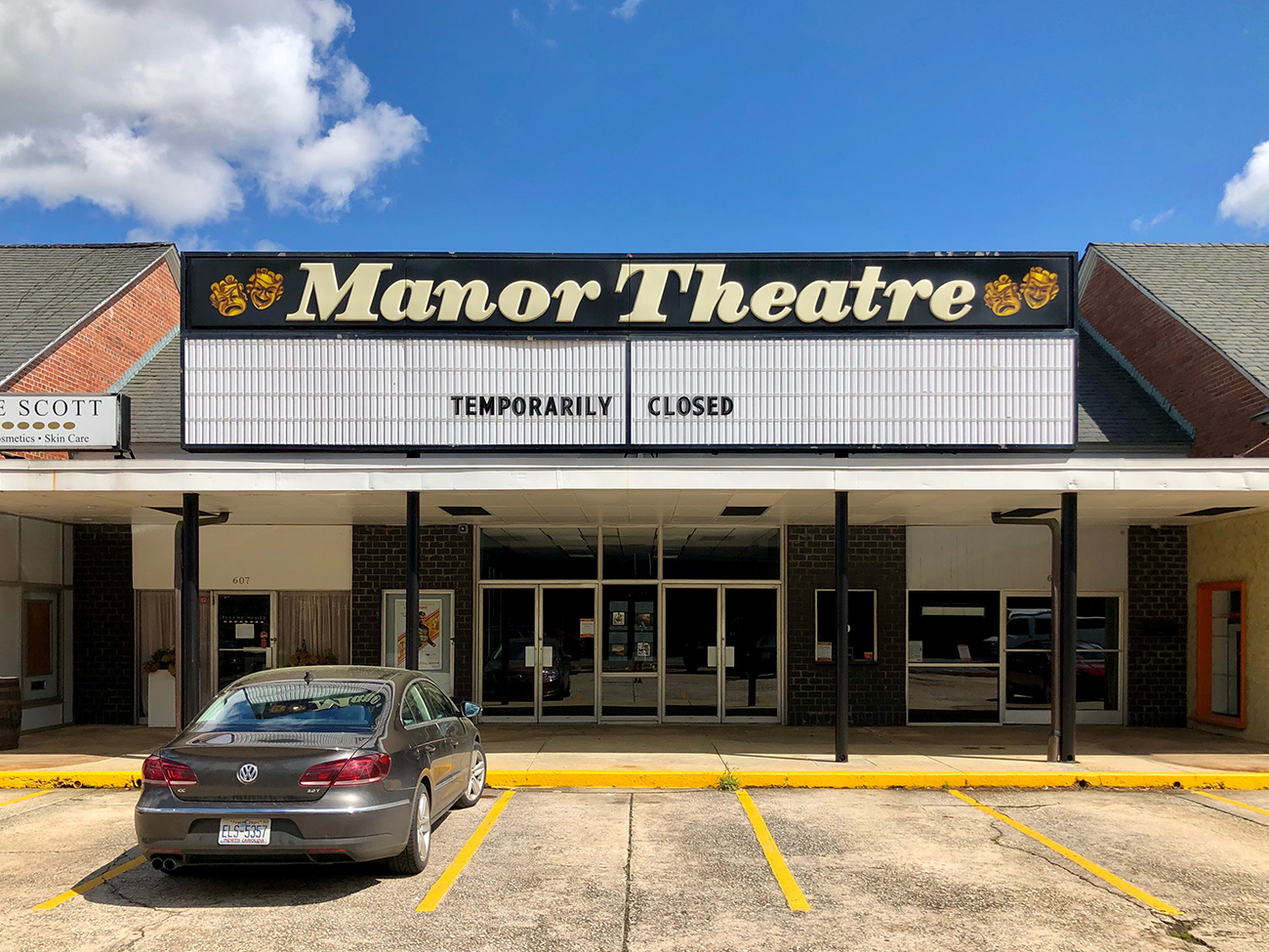 The beloved Manor Theatre will close after 73 years in Myers Park