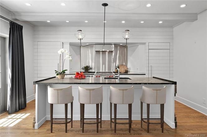158 Perrin Pl kitchen