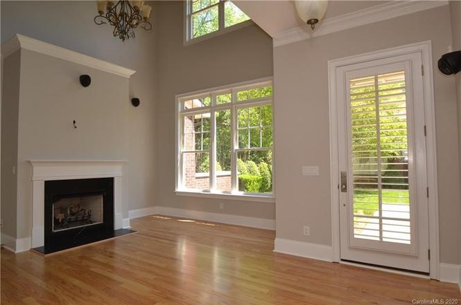 3643 Winslow Green Drive living room