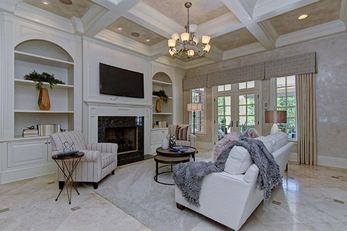 ron rivera listing living room