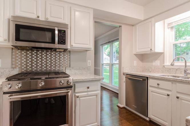 10451 Fairway Ridge Rd kitchen