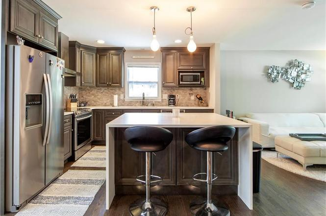 1814 Archdale Dr kitchen