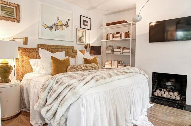 216 Cottage Pl bedroom 2