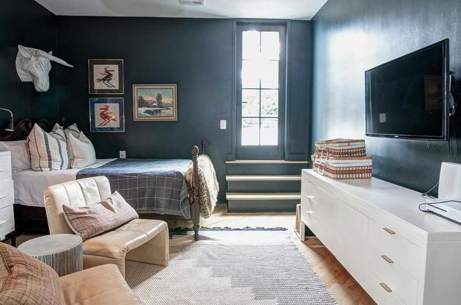 216 Cottage Pl bedroom 3