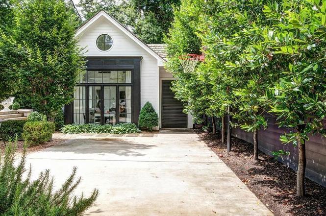 216 Cottage Pl guest house