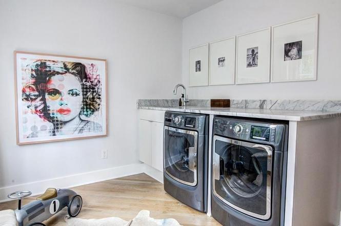 216 Cottage Pl laundry