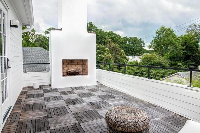 216 Cottage Pl terrace