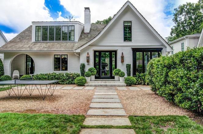 216 Cottage Pl