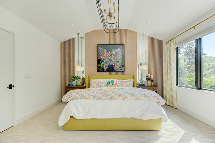 2020-Finalist-Mid-Century-Modern-bedroom