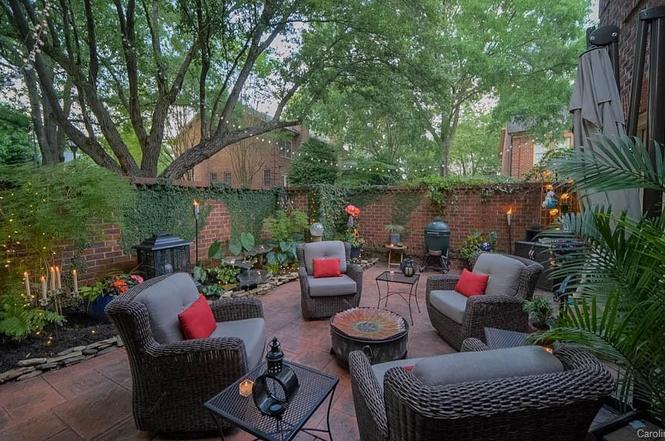 4412 Columbine Ct patio