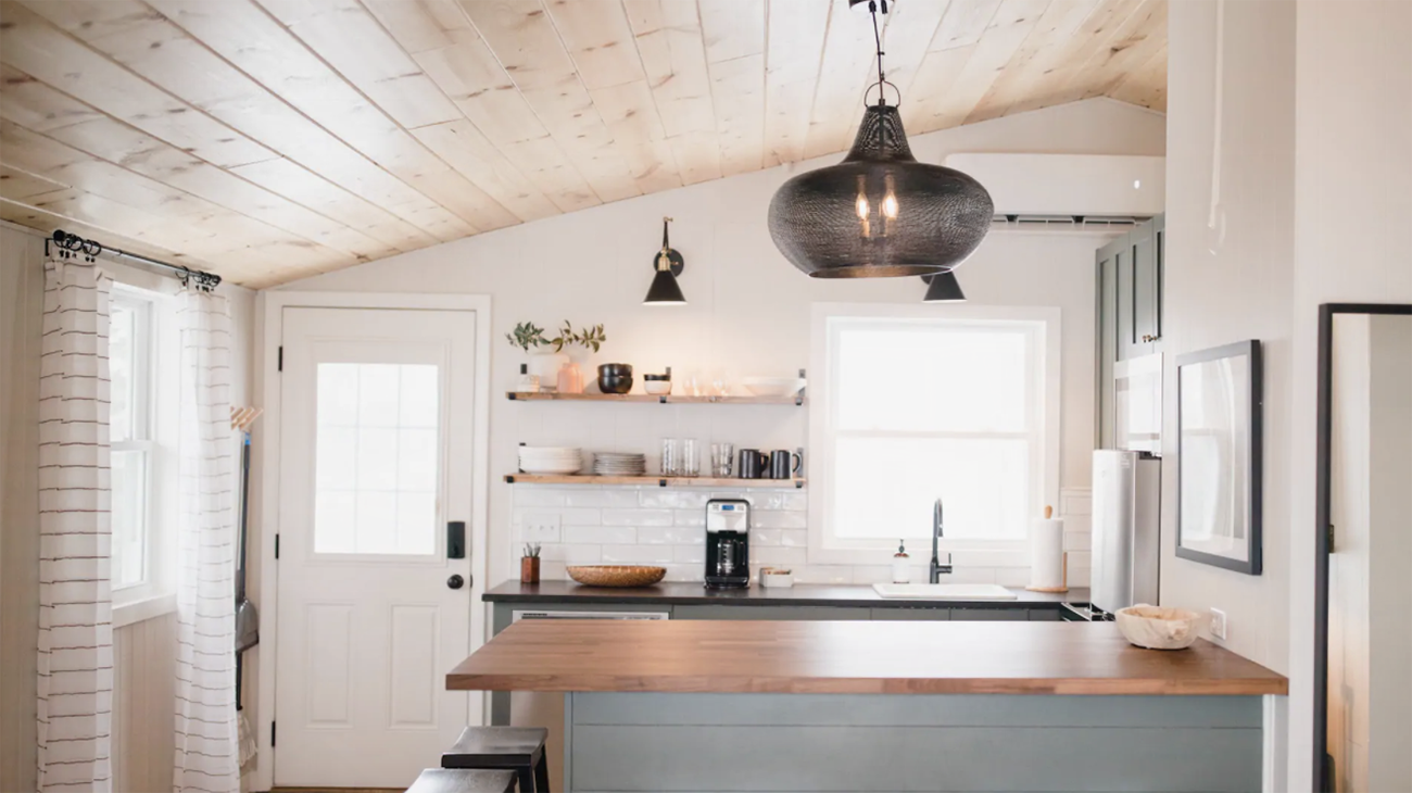 Charlotte couple transforms $75K mountain cabin into designer Airbnb stay
