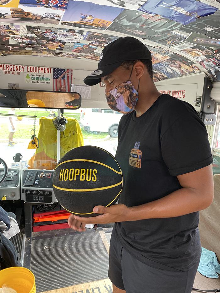 Hoopbus outside RNC