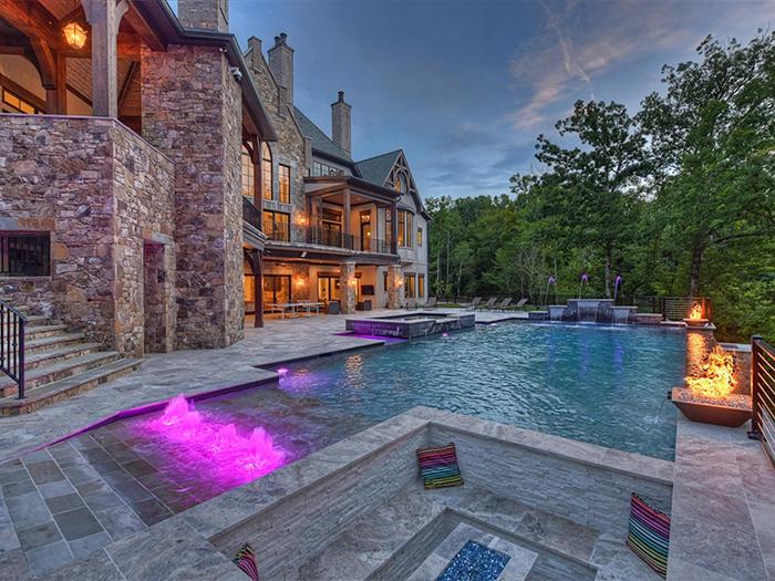 154 Tennessee Circle pool