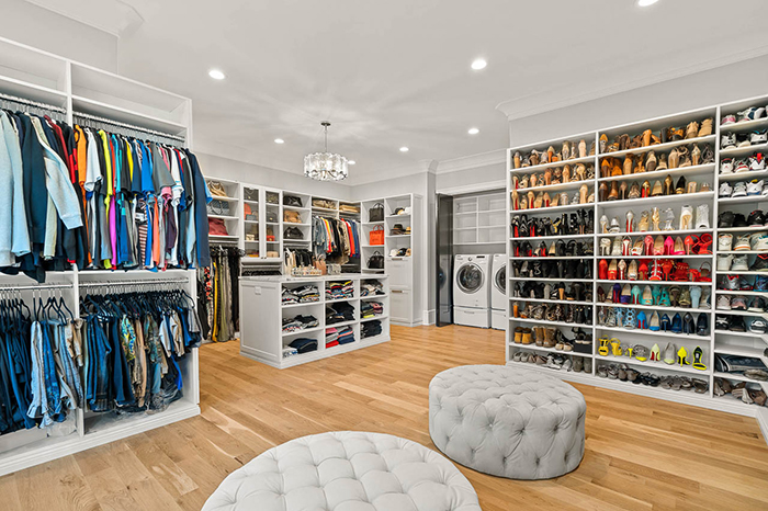 Mike Tolbert's house asks $2.4M closet