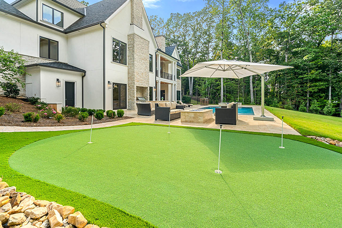 Mike Tolbert's house asks $2.4M putting green