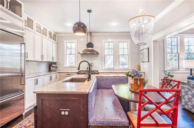 2231 Charlotte Dr kitchen