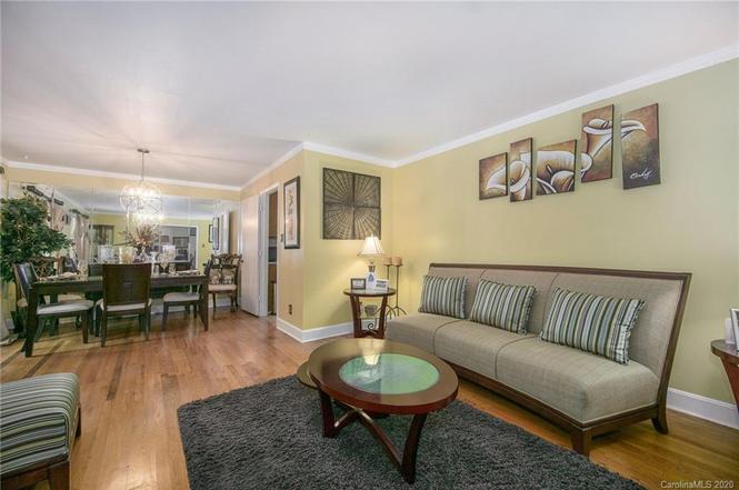 6234 Ashcrest Dr living area