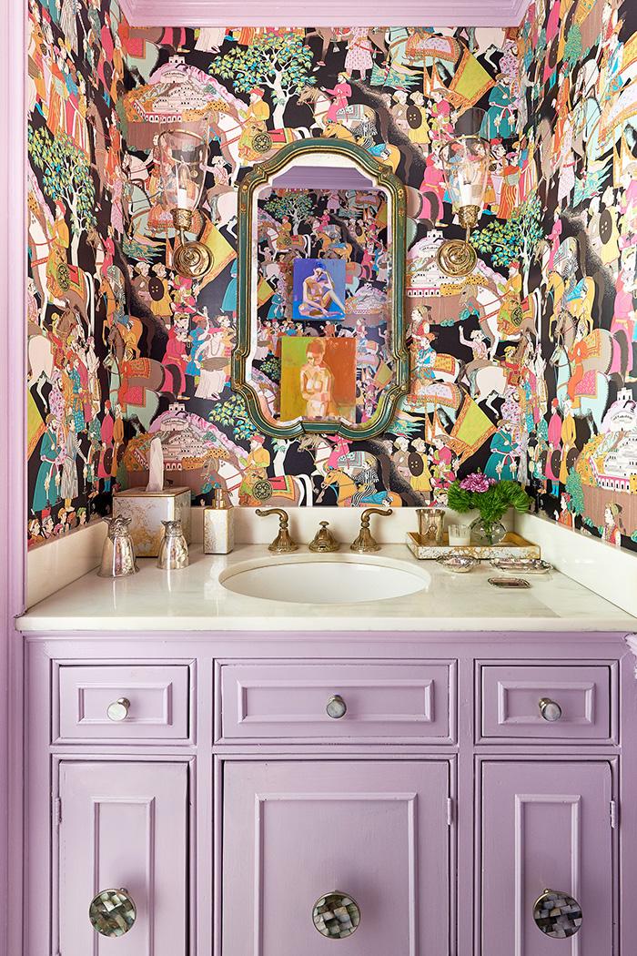Holly Phillips English Room powder room