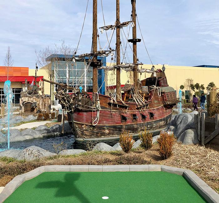 golf hole at frankies fun park miniature putt putt golf charlotte