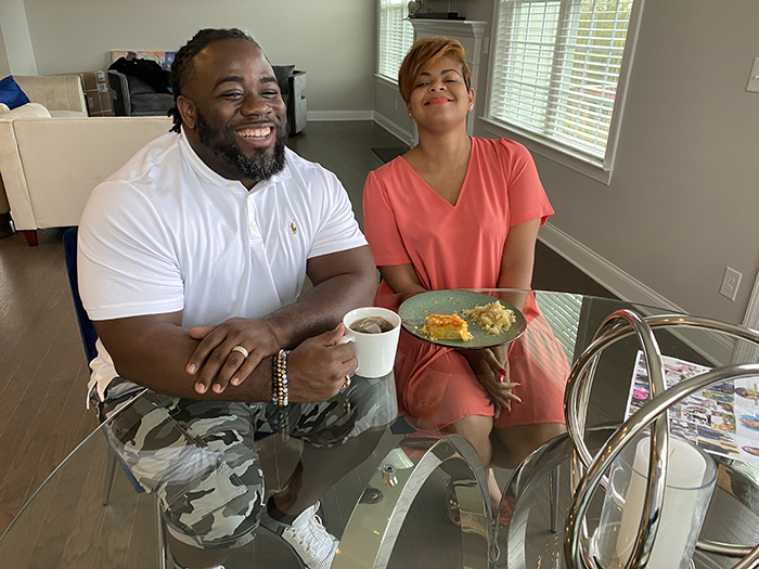 Jay and Miketa Davis owners of Lulu's Maryland Chicken and Seafood