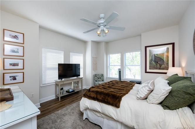 1320 Fillmore Ave #314 bedroom